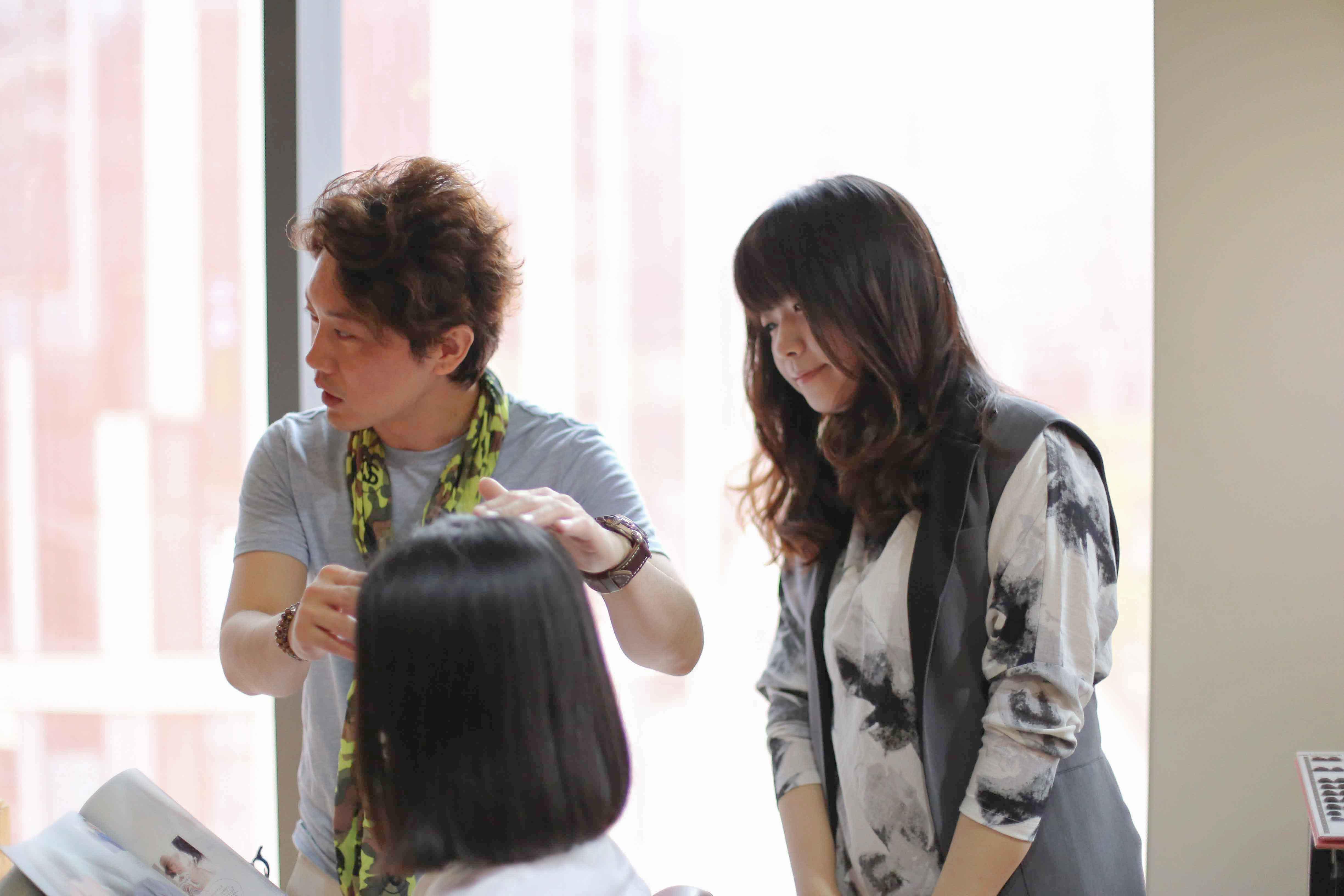 中国 北京 日系美容室 asakura 海外で活躍する100人の日本人 朝倉さん 日本人美容師 海外就職 日本人スタイリスト