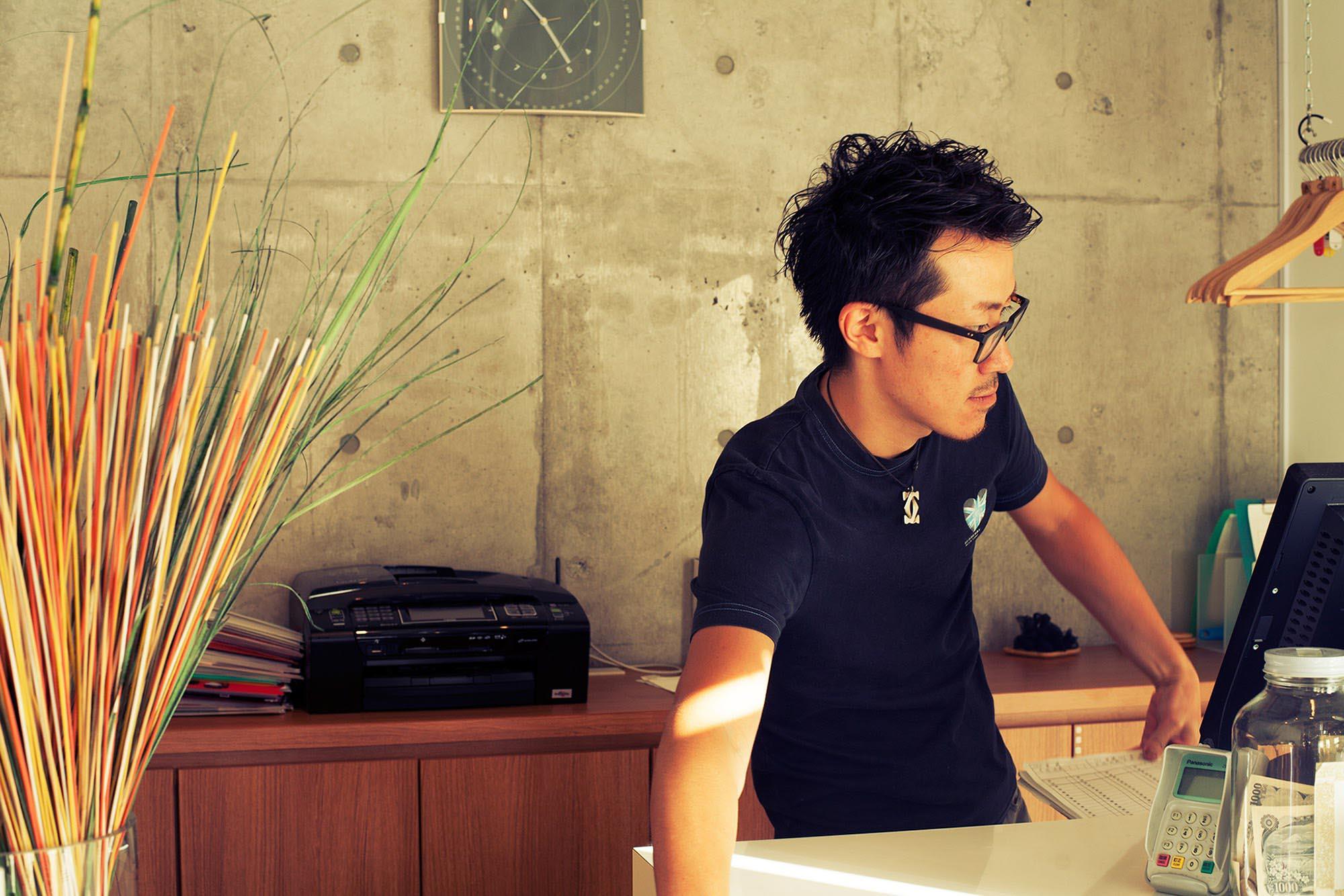東京 八王子 高幡不動 美容室 中途 スタイリスト募集 美容師 募集